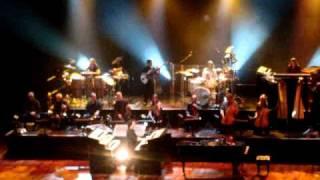 YANNI LIVE IN CONCERT - 21/9/2010 Violin Duet
