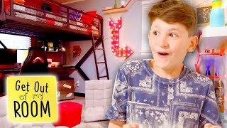 TEENS REACT TO DREAM BEDROOMS | Get Out Of My Room | Universal Kids