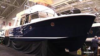 2016 Beneteau Swift Trawler 34 - Walkaround - 2016 Toronto Boat Show