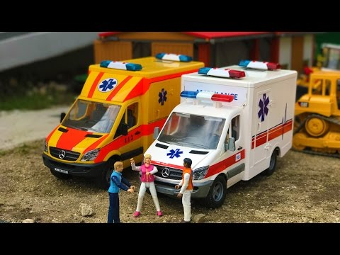 BRUDER toys construction site accident AMBULANCE!