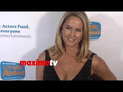 Erin Murphy | Looking Ahead Awards 2014 | Red Carpet | #Bewitched