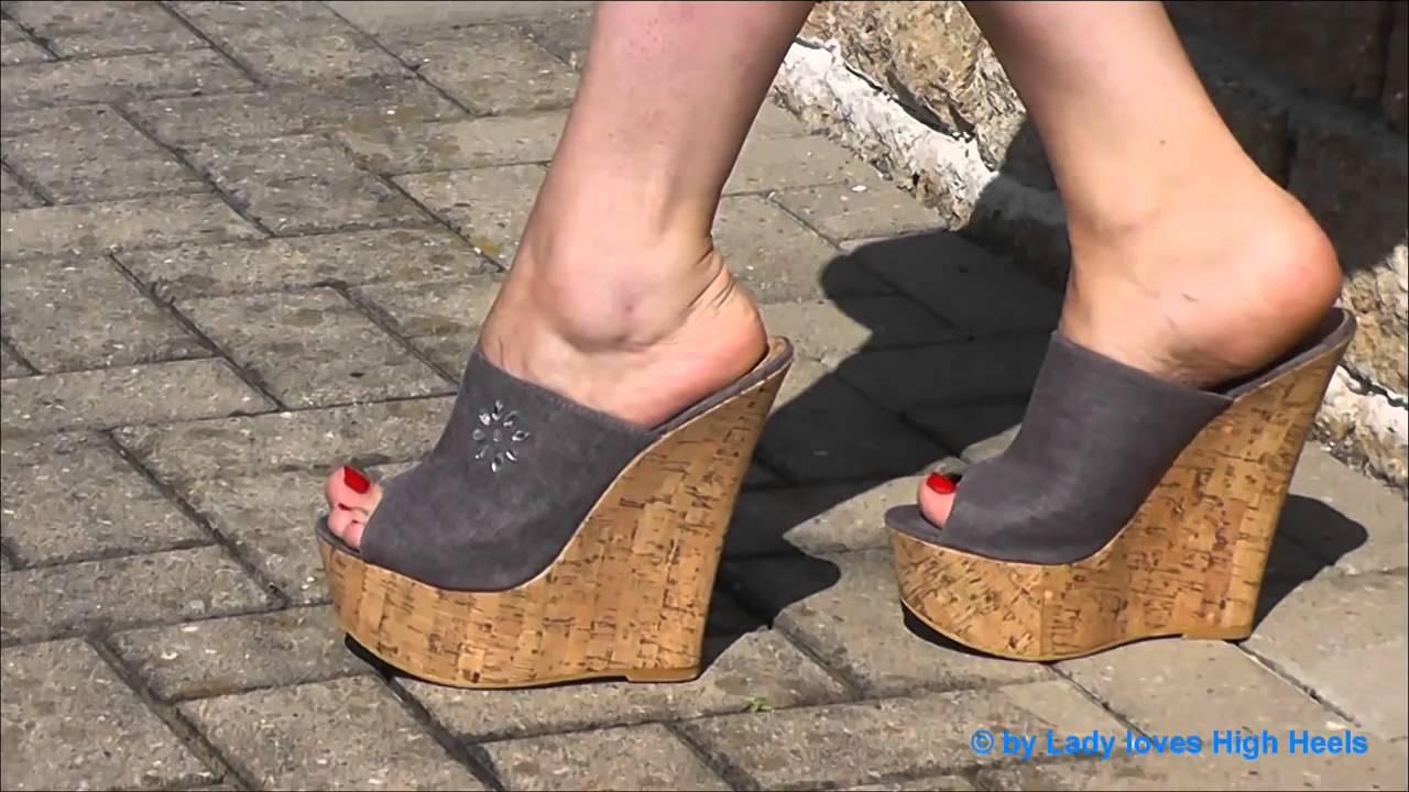 High Heel Plateau Wedges - YouTube