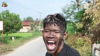 DI KEJAR BARONGAN | Exstrim Lucu The Series | Funny Videos | TRY NOT TO LAUGH . KEMEKEL TV