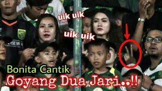 Hot..!! Goyangan Pemanis Tribun Green Nord saat Chant Uik-uik | Persebaya vs mitra Kukar