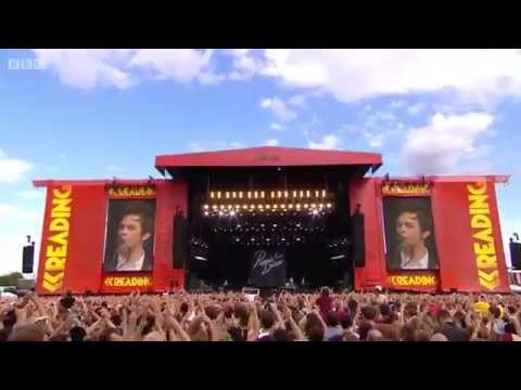 Panic! at the Disco - Live at Reading Festival 2015 (60 FPS)