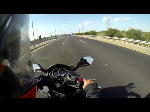 Riding Joymax 250 XI Road Jerusalem Tel Aviv speed of 120 mph