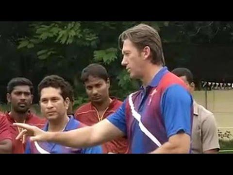 Sachin Tendulkar, Glenn McGrath bowl MRF Pace Academy over