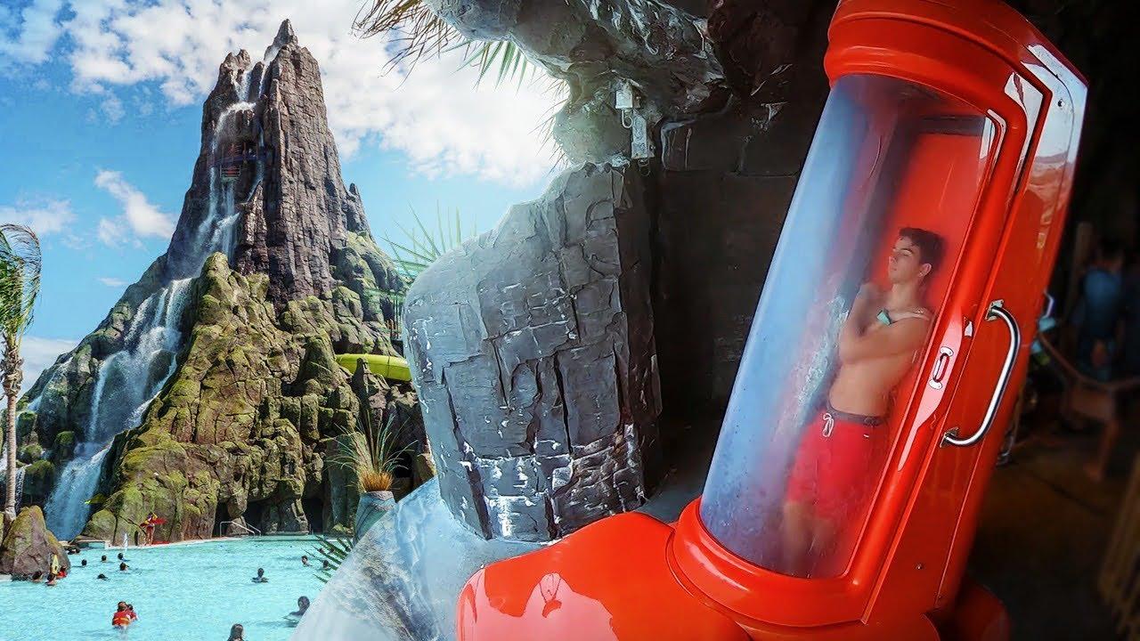 DESCEMOS EM UM TOBOGÃ COM 200 METROS DE ALTURA! ( Volcano Bay ) ‹ NeagleHouse ›