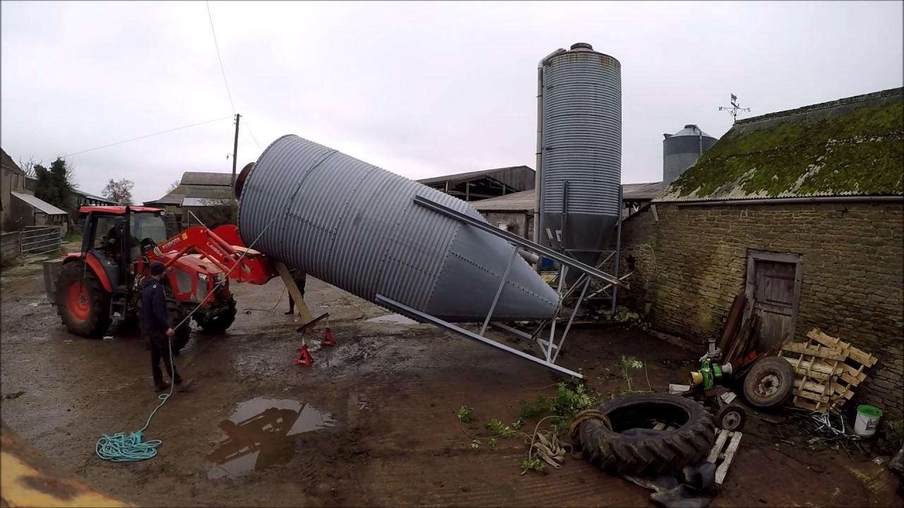 Installing a bulk feed bin