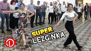 Девушки Лезгинка 2018 Молодые Взрывают Танцпол (Концерт Сакита)