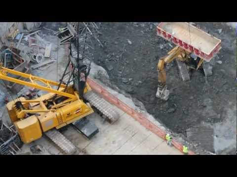 Manitowoc 888 Crawler Crane Excavating Foundation