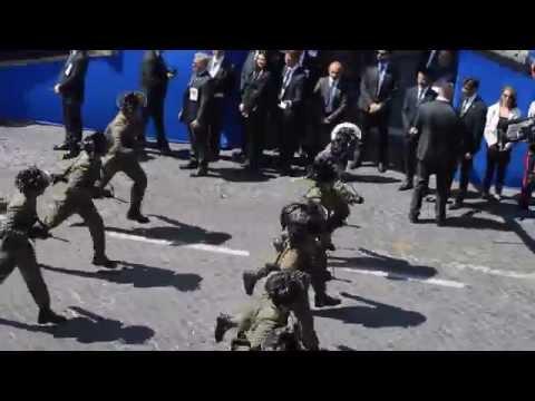 La corsa dei Bersaglieri alla Festa della Repubblica Italiana 2 Giugno 2015