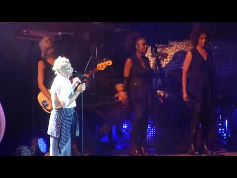 Pink - What About Us live Berlin Waldbühne 11.08.2017