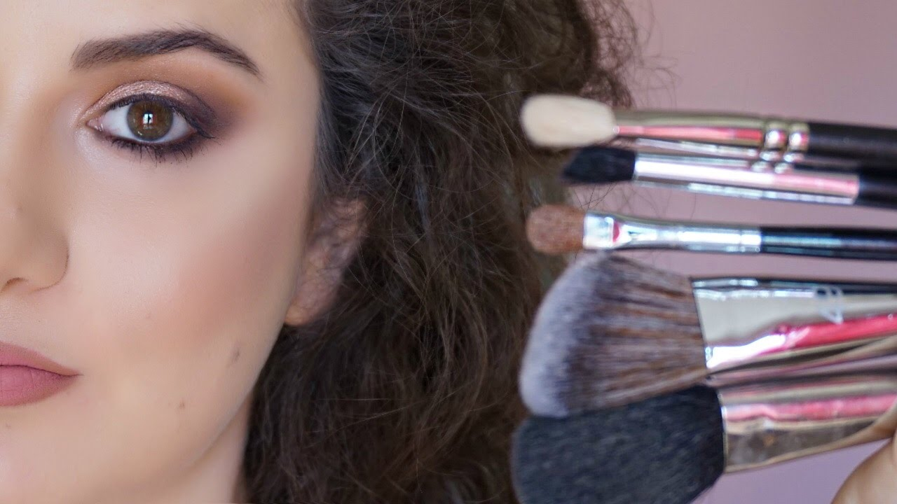 Basic makeup tools for beginners