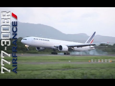 Boeing 777-300ER Air France Late evening landing | Martinique (FDF)