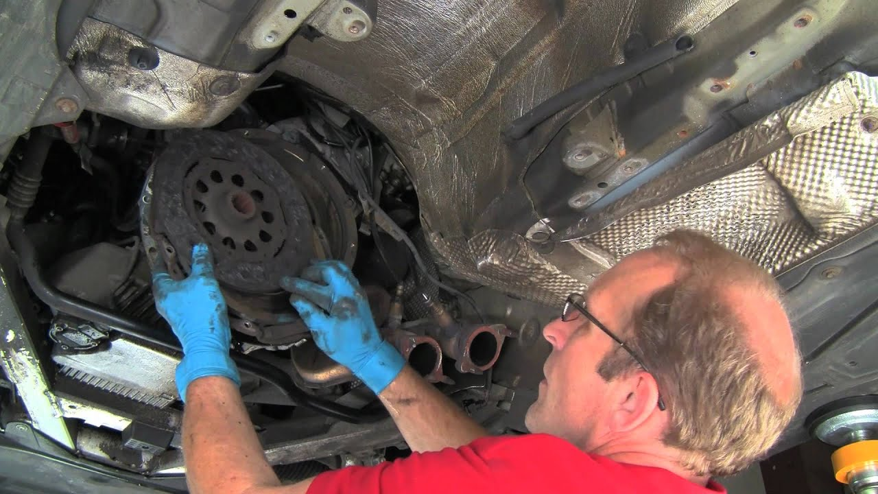 replacing a bmw self adjusting clutch dual mass flywheel part 1 of 2 [ 1280 x 720 Pixel ]