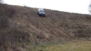 Nissan Patrol Y60 2.8TD off road hill climb