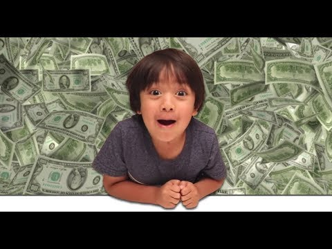 6-Year-Old YouTube Star Ryan ToysReview Channel Makes $11 Million?! | What's Trending Now! thumbnail