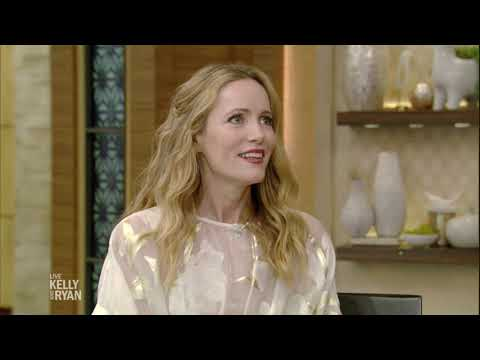 Leslie Mann and Her Family Are Spending the Holidays in London