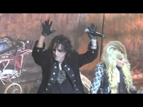 Alice Cooper  Poison feat Johnny Depp, Orpheum Theatre, Los Angeles  11292012