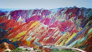 10 Unbelievable Places On Earth You Won