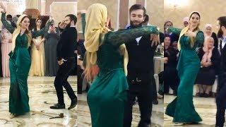 Парень Танцует с Очаровательной Девушкой Супер Кавказский Танец Лезгинка 2017
