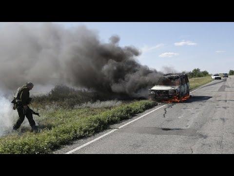 Журналисты попали под обстрел в Луганской области. 13.06.15. Новости Украины сегодня