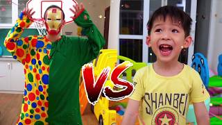 Learn colors with balls, Xavi pretend play Sport for kids Compilation videos 15 minutes