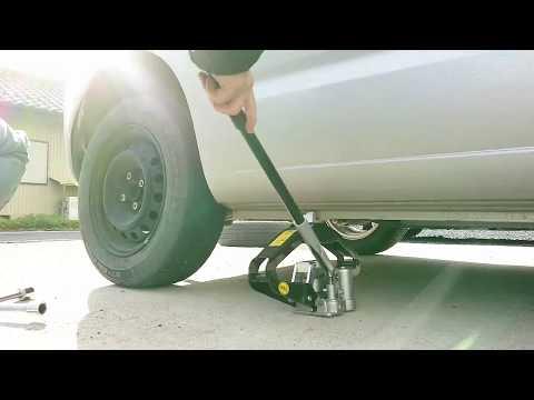 自分でタイヤ交換する時に必要な道具と注意点