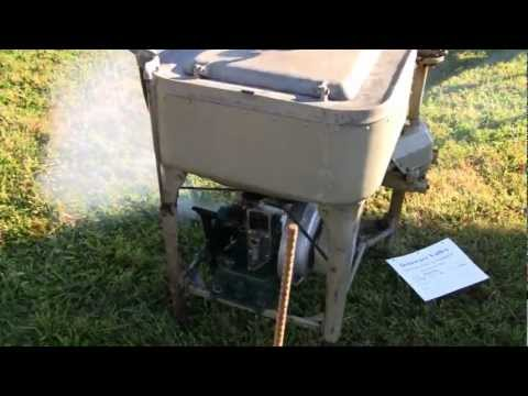 1927 MAYTAG GAS ENGINE WASHING MACHINE