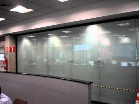 aedda4c8a Instalação do vidro polarizado MDV switch - YouTube