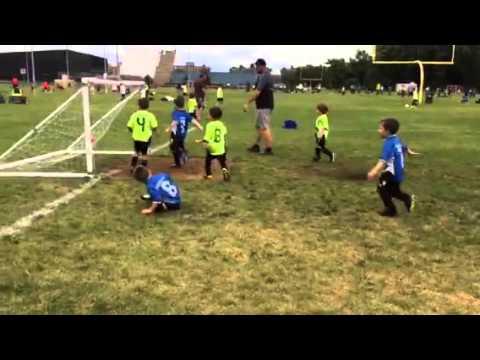 Noah Cloutier - soccer 2015