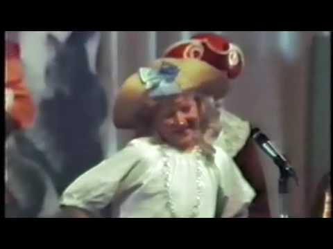 Truro School Archive - Treliske Pirates Of Penzance 1986