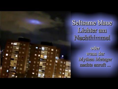 Mysteriöse blaue Lichter am Himmel
