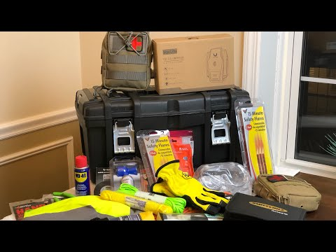 Car Emergency Kit - MUST HAVE SUPPLIES!
