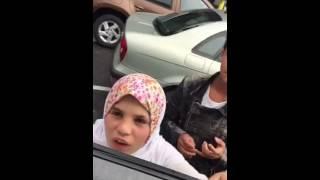 Une française elle parle arabe ...regarde !