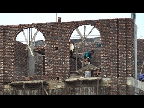 House Construction Techniques - Building Arched Doors Laying Bricks