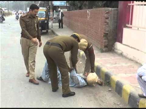 Karnal   Nashe   Me  Dhut  Police  Ne   Uthaya  Breaking