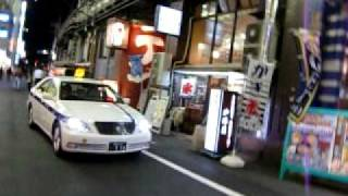 神田の夜の街を鑑賞しながら歩きました。