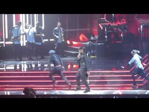 Usher Concert Montreal Nov 1st 2014