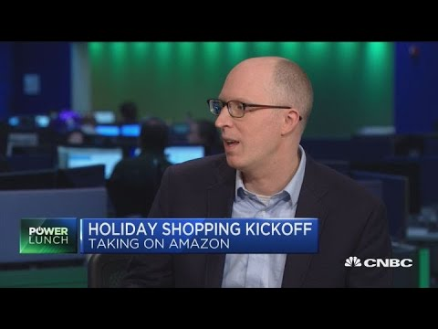 No one can compete with Amazon in e-commerce, Women's Wear Daily editor says