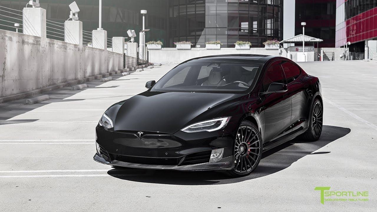 Tesla Model S P100d Gets Fully Customized Exterior