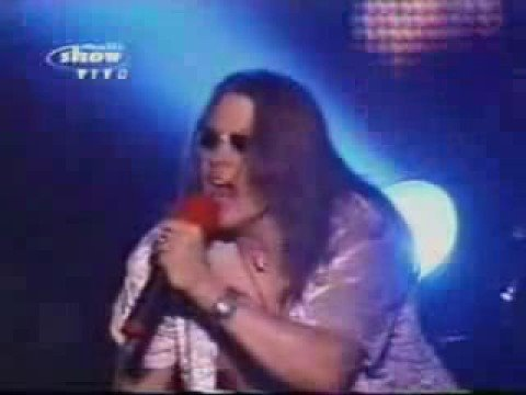 Axl Rose Angry