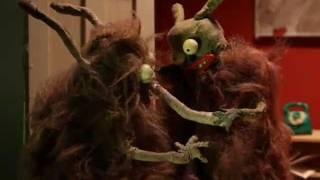 Drżące Trąby -  Shivering Trunks (original commentary) Natalia Brożyńska