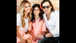 Александр Ревва показал жену и дочку Вы онемеете увидев красоток!♥♥♥♥