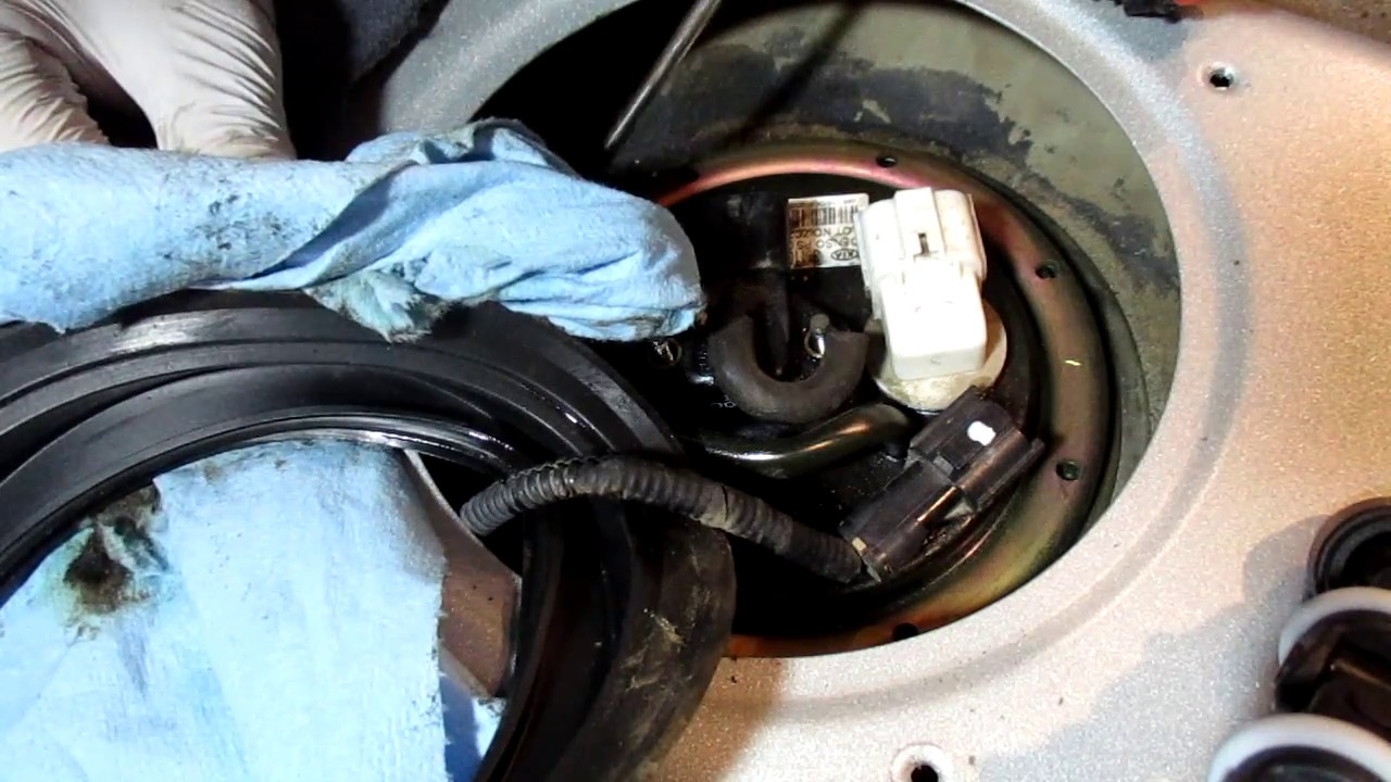 2004 kia rio fuel pump and filter replacement part 1 - youtube  youtube