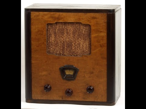 Historic Radio Jacobsens Den Norske Folkemottager from 1934