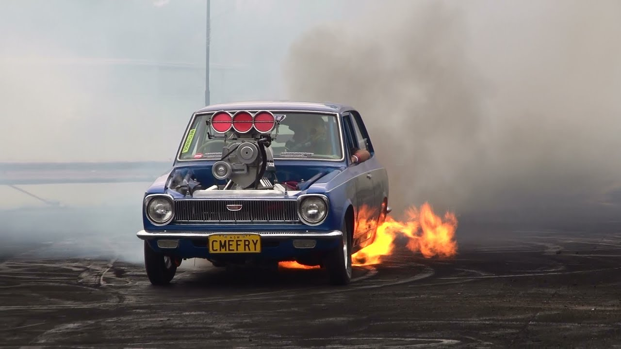 Blown V8 Corolla Cmefry Catches Fire In The Burnout