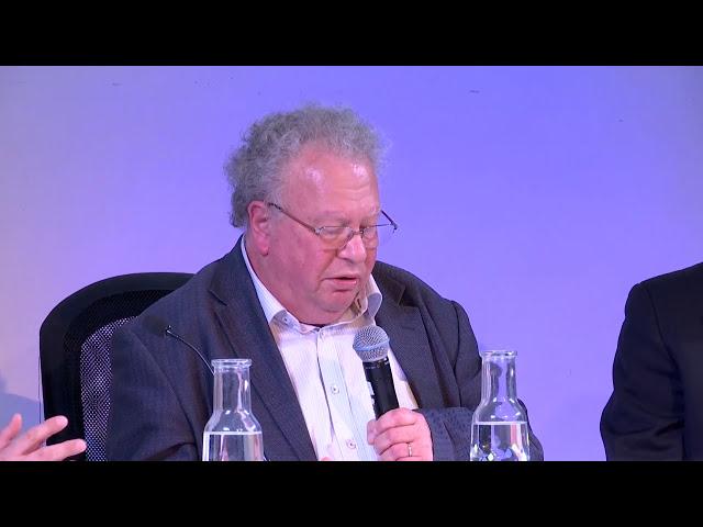 FEB 2018 : LA REPRODUCTION EST-ELLE MODIFIÉE PAR  L'ÉVOLUTION DE LA GÉNÉTIQUE?
