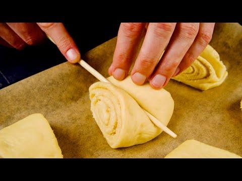 Видео: Невесомые булочки, каких ещё не было! Нестандартное тесто и новая формовка покорят Вас!
